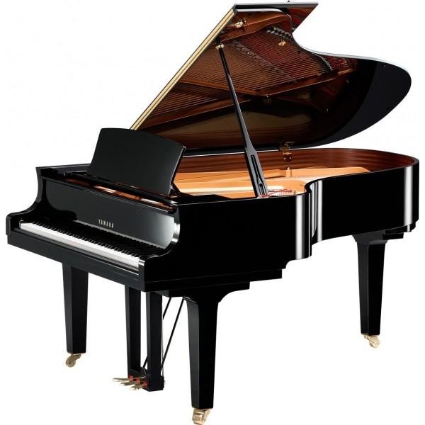 Aménagement DUne Salle De Bain Étroite : Piano a queue Yamaha C5X, modèle 12 queue