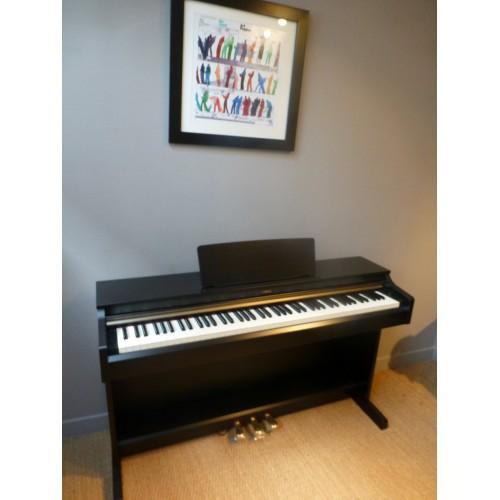 piano numerique occasion. Black Bedroom Furniture Sets. Home Design Ideas