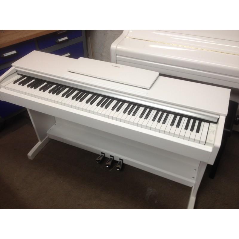 YDP143 Yamaha piano numérique Arius d'occasion
