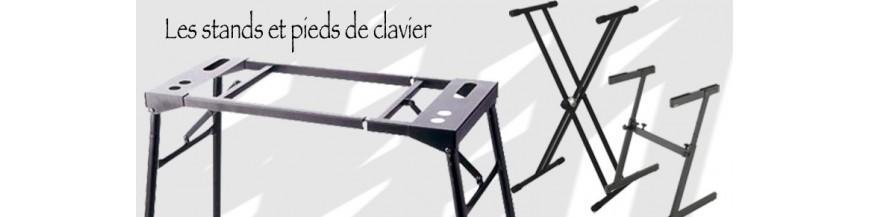 Pieds et stands claviers et pianos numeriques